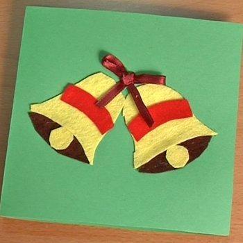 Postal de navidad con campanas manualidades con fieltro for Tarjetas de navidad hechas por ninos