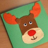 Postal de reno de Navidad. Manualidades con fieltro