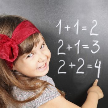 Desarrollo f sico y mental de un ni o de 4 a os de edad for Sillas para ninos de 3 a 6 anos