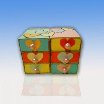 Joyero con cajas de cerillas