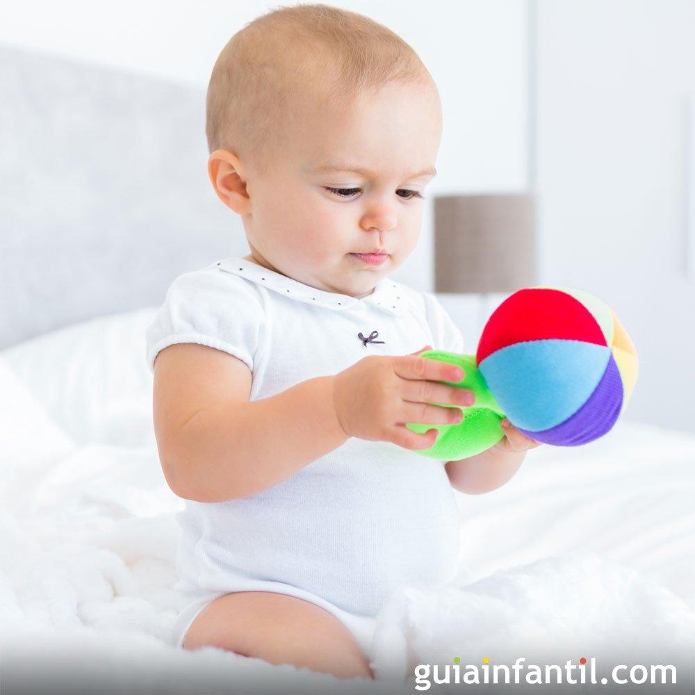 e14637f6b La exploración de objetos en el bebé