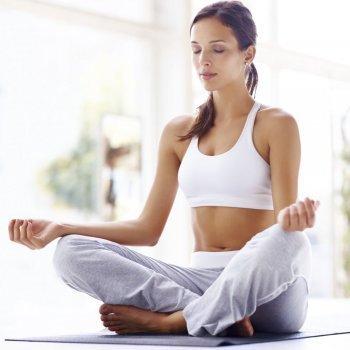 Postura de yoga para lograr el embarazo