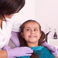 La primera visita de los niños al dentista
