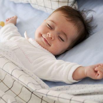 Fases y etapas del sueño infantil
