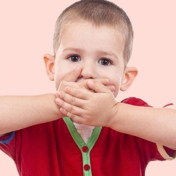 Cómo ayudar al niño tartamudo