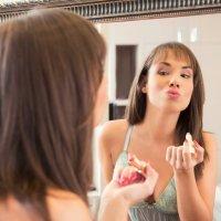 5 trucos caseros para hidratar los labios de forma natural