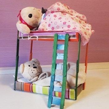 Literas para muñecos de juguete