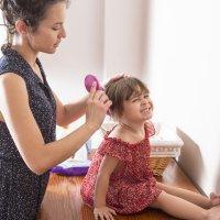 Trucos para evitar la caída de pelo de los niños