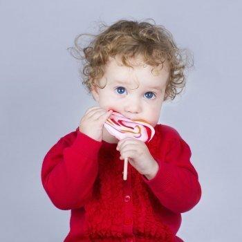 Cuánto azúcar pueden tomar los bebés