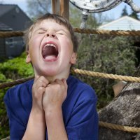 5 trucos para padres con hijos que llaman la atención