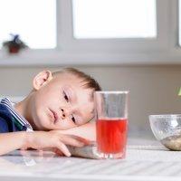 6 consejos para enseñar a los niños buenos modales en la mesa
