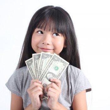 Cómo reconocer y educar al niño materialista