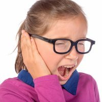 Trucos caseros para aliviar el dolor de oídos en