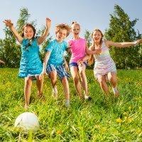 Juegos infantiles que promueven el valor de la amistad