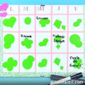 Organizador semanal para la escuela. Manualidades infantiles
