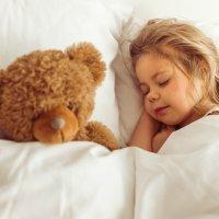 Por qué hay niños que hablan en sueños