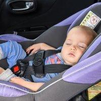 Un accesorio para la silla de auto de tu bebé que puede ser mortal