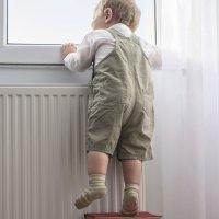 7 consejos para prevenir las caídas a gran altura de los niños