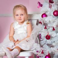 Ideas de peinados para niñas en Navidad