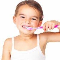 El sarro en los dientes de los niños