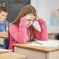 7 pasos a seguir cuando los niños sacan malas notas