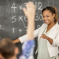 Truco para enseñar la tabla de multiplicar del cuatro a los niños