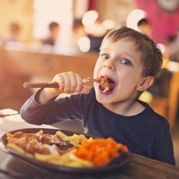 Mitos y verdades sobre la alimentación de los niños