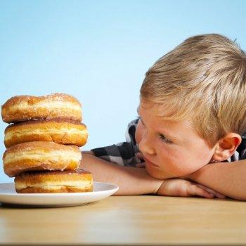 Cómo corregir el exceso de azúcar en la alimentación de los niños