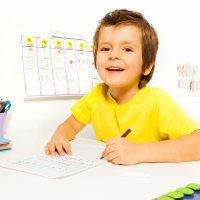 3 tablas de incentivos para cambiar malas conductas infantiles