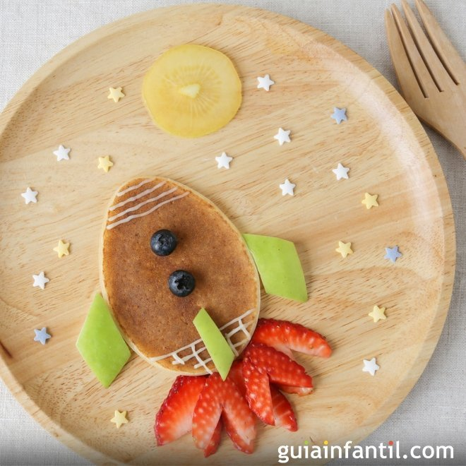 Platos creativos con panqueques o tortitas para niños