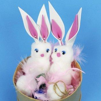 Cómo hacer un conejo de Pascua con algodón