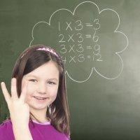 Truco de la tabla de multiplicar del tres para los niños