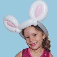 Diadema de orejas de conejo. Manualidades con globos