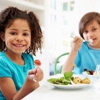 Consejos para introducir el mindful eating en los niños
