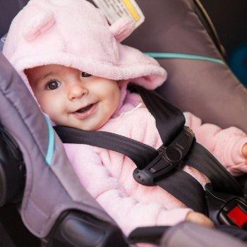 Sistemas de retención infantil en autos