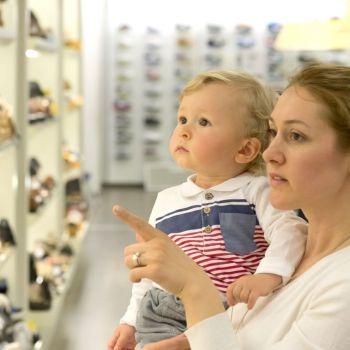 Errores comunes a la hora de elegir zapatos para los niños