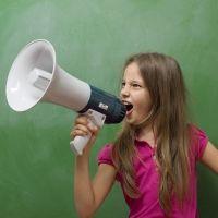 Técnicas para enseñar a los niños a hablar bajito