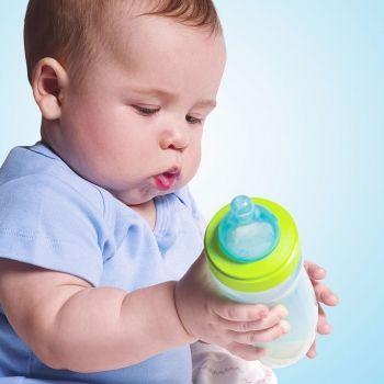 Cuando el bebé no quiere biberón