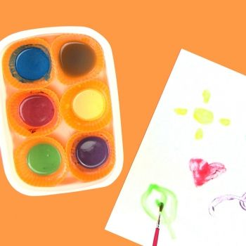 Pintura casera para niños. Manualidades infantiles divertidas