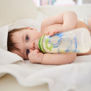 Cuándo recurrir a la lactancia artificial del bebé