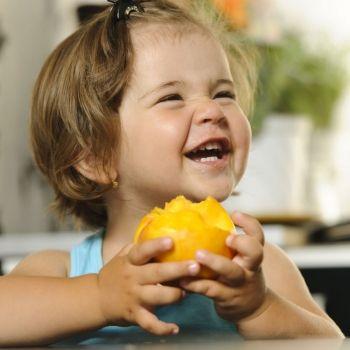 Los alimentos estrella del verano para los niños