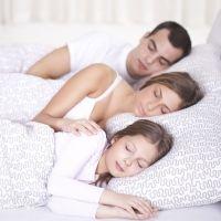 Dormir en la cama de los padres más allá de la etapa infantil