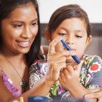 Cómo limita la diabetes la vida del niño