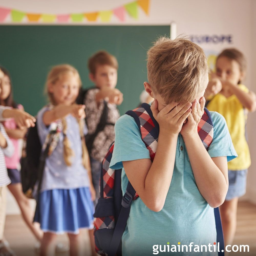 Cuando al niño le ponen apodos despectivos en la escuela