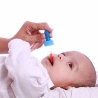 Cómo dar una medicina al bebé en seis pasos