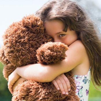 Cómo ayudar al niño a superar su timidez
