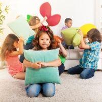 Qué hacer cuando los amigos de tu hijo se portan mal en casa