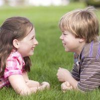Enseñar a los niños a defender sus ideas de forma civilizada