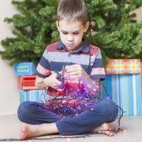 Decoración navideña a prueba de niños. Seguridad infantil