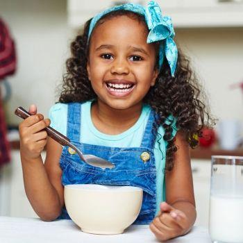 Cómo afecta la comida a los cambios de humor de los niños